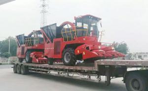 新東機械發往河北的兩臺玉米青儲收