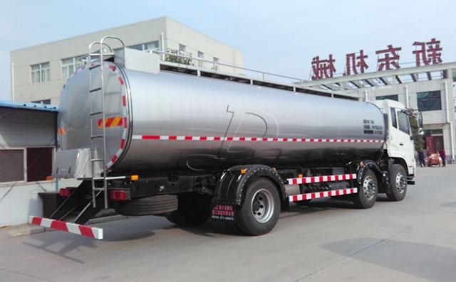 东风18吨乳品公司拉奶专用罐车