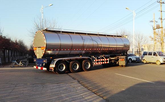罐式牛奶运输车