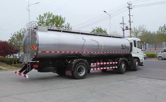 鲜奶运输罐车