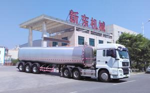 西安老客户订购的40吨半挂罐式拉奶
