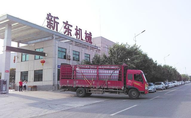 四川客户在我司订购的10吨鲜奶运输罐今日发货