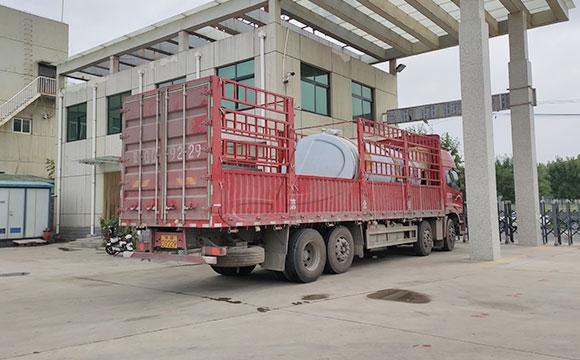 10吨制冷罐发货