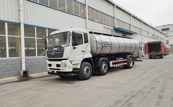 天润新东鲜奶运输车