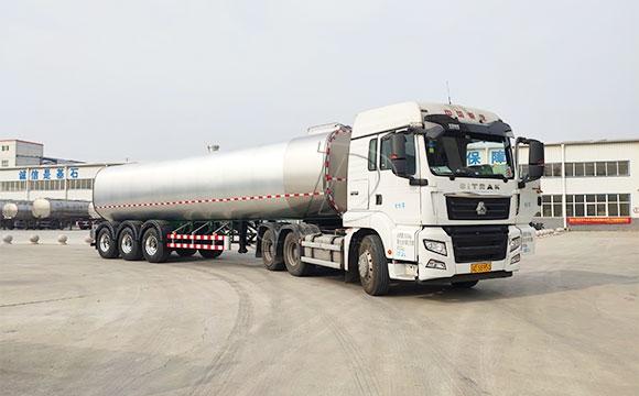 液态鲜奶运输物流车
