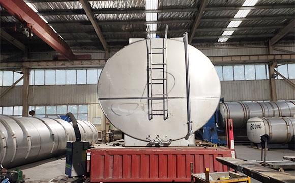 10吨牛奶保温运输罐