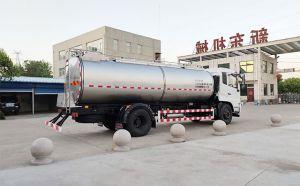 焦作客户订购的10吨一体式拉奶运输