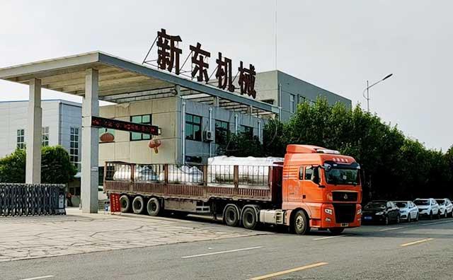 陕西3吨制冷罐及酸碱回收CIP设备装车发货