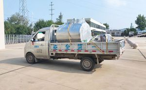 江苏扬州1吨卧式鲜奶冷储罐今天下午发货