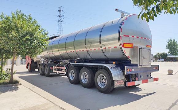 33吨拉鲜奶半挂罐车