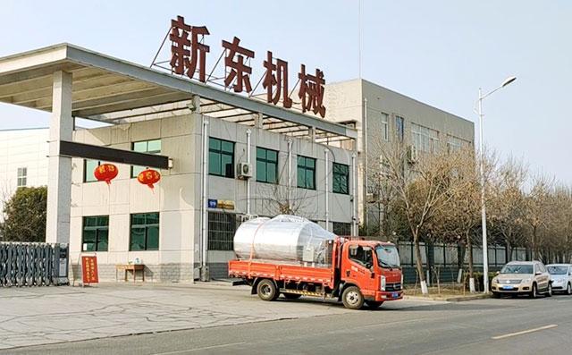 天润新东6吨直冷式牛奶储存罐发往山东