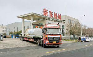 广东10吨不锈钢牛奶制冷罐装车发货