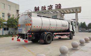 東風鮮奶運輸車